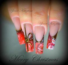 Awesome Christmas nails.
