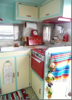 Stove painting suggestion.  This is in a camper, but other cute ideas, too.