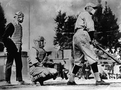 Vintage Photos of People Wearing Masks During the 1918 Influenza Pandemic, One of the Deadliest Natural Disasters in Human History ~ Vintage Everyday Photo Vintage, Vintage Photos, Influenza Virus, Flu Epidemic, Flu Mask, Historical Pictures, Baseball Players, Natural Disasters, World War I