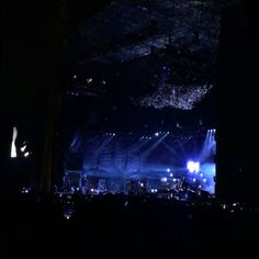 EVENFLOW de PEARL JAM en VIVO esta noche en el parque Simon Bolivar.  #pearljam #lightningbolt #livemusic #ocesacolombia #concierto