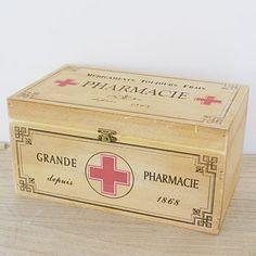 Wooden Pharmacie First Aid Box