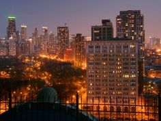 Night Life in #Chicago