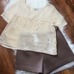 A&F white lace crop top Lovely details make this top perfect to dress up or down. Velvel detail in front and lace/crochet everywhere else. Brand new. Offers welcome through offer tab. No trades. Abercrombie & Fitch Tops Crop Tops