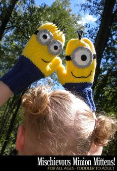 Ravelry: Mischievous Minion Mittens pattern by Janet Jameson-- I love the minions! How To Start Knitting, Knitting For Kids, Knitting Projects, Baby Knitting, Crochet Projects, Knitting Patterns, Crochet Mittens, Mittens Pattern, Knit Crochet