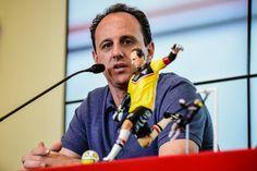 Veja as fotos do lançamento do boneco de Rogério Ceni - Gazeta Esportiva