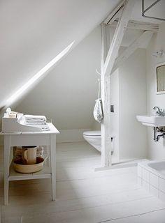 white bathroom from Bolig PLUSS Small Attic Bathroom, Upstairs Bathrooms, White Bathroom, Interior Design Advice, Interior Inspiration, Barn Apartment, Sweet Home, Small Attics, Lakefront Homes