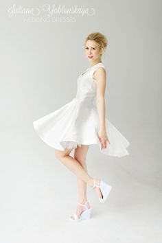 spring-summer collection 2016 de Juliana Yablonskaya yablonskaya.com Ballet Skirt, Spring Summer, Wedding Dresses, Skirts, Fashion, Bride Dresses, Moda, Tutu, Skirt