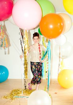 party balloons with colorful streamers - Geronimo balloons