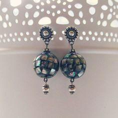 серьги; материал: серебро, бусины из галиотиса. #серьги #хендмейд #handmade #earrings #украшения #украшенияручнойработы #handmadejewelry #jewelry #jewellery