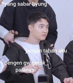 K Meme, Funny Kpop Memes, Exo Memes, Family Meme, Husband Meme, Exo Facts, Korean Drama Quotes, Funny Quotes For Instagram, Cartoon Jokes