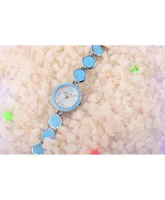 Ladie's Stainless Steel Fashion Bracelet Quartz Watch
