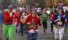 5 Christmas-Themed Runs in Chicago