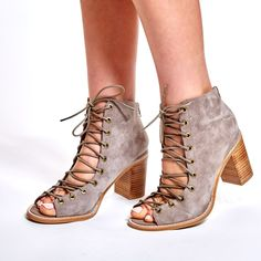 Taupe suede lace-up sandal bootie. The Cors by Jeffrey Campbell is part sandal, part bootie, 100% cool.