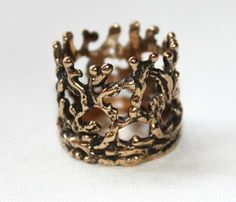 hand carved crown ring