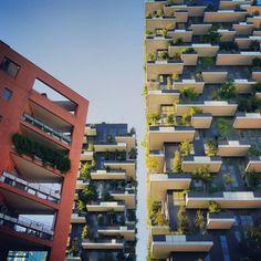 Milano Porta Nuova. Bosco Verticale #Milano #mytravelblog photo by Stella Marega