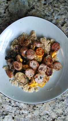 21 Day Fix - Lunch: chicken sausage, roasted squash, quinoa www.healthyfeelshappy.com