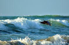 Embrace the waves by Joel Villarroel on 500px