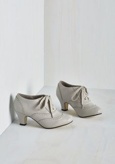 Best selling vintage style oxfords shoes - 1920s-1950s - Dance It Up Heel in Dove $49