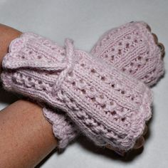 Lace Rib Chunky Fingerless Mitten PDF Knitting by magentaskystudio,