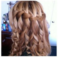 This is how I had my hair for prom last year :)