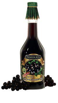 Syrop z czarnej porzeczki. Blackcurrant syrup. Gęsty, o ciemnej barwie i mocno wyrazistym smaku. Wspaniale nadaje się do przyrządzania napojów, jak również aperitifów (po dodaniu do białego schłodzonego wina).  Znane też są jego prozdrowotne właściwości: obniża ciśnienie, podnosi odporność. Cena: 11,00 zł. #Blackcurrant #Porzeczka #Syrup #Syrop