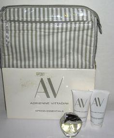 Adrienne Vittadini AV Spring Essentials Set -$24.99