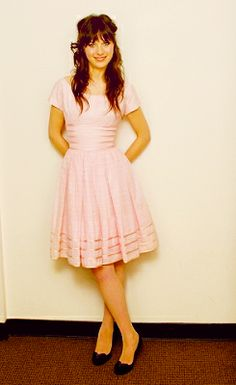 Zooey Deschanel love her hair and dress in this pic