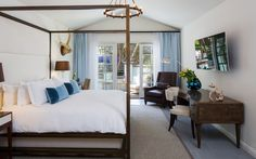 The Best in the West: 12 Hotels in the Western U.S. Bucking the Standard | Fairmont Miramar Hotel and Bungalows in Santa Monica, California