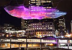 Interaktive Netz-Installation: Unnumbered Sparks