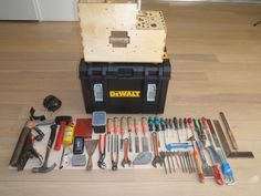 DEWALT ds 400 xl case, space for much more tools, insert and tools 22kg, total 29kg, made a magnetic saw holder on it you can see it on youtube