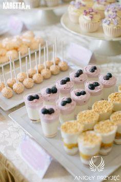 10. Lilac Wedding,Sweet table / Wesele z bzem,Słodki stół,Anioły Przyjęć