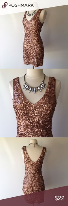 Copper sequin party dress from Windsor A fitted sequin mini dress. This dress is stretchy, with no zippers or closures. Size medium. A lovely copper/rose gold color. 100% polyester.  Great condition! WINDSOR Dresses Mini