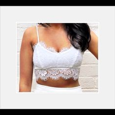 """SALE  WHITE LACE BRALETTE NEW WITHOUT TAGS.  Adjustable straps. Zips in the back. TAG SAYS LARGE. MEASUREMENTS 32.28"""". PRICE FIRM UNLESS BUNDLED. Tops Crop Tops"""