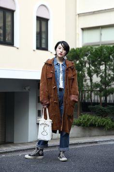 Street Style, Tokyo. More photo at: http://www.fashionsnap.com/streetsnap/2015-03-13/53573/