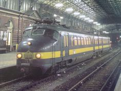 NMBS 220.901 @ Den Haag HS (1986) | by mijack1985