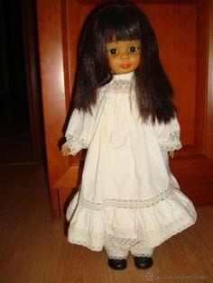 Antigua muñeca Nancy asiatica