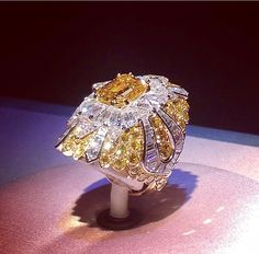 """Van Cleef  Arpels , Beauté Celeste Ring with 4ct yellow Diamond ,from the high jewellery collection """" Peau d'âne """"via watch_jewel"""