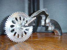 Wheel pizza cutter. It looks brutal doesn't it?