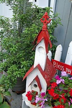 Red and White Birdhouse 'Church'