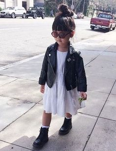 Toddler girl fashion KorTeN StEiN💀🌴👻🌵 You are in the right place about toddler girl outfits fashion Toddler Girl Style, Toddler Girl Outfits, Toddler Fashion, Fashion Kids, Stylish Toddler Girl, 2000s Fashion, Fashion Wear, Fashion Dolls, Little Girl Outfits