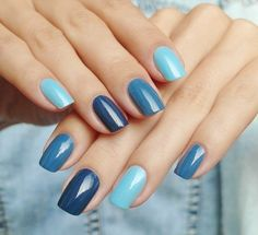 The advantage of the gel is that it allows you to enjoy your French manicure for a long time. There are four different ways to make a French manicure on gel nails. Nagellack Design, Nagellack Trends, Colorful Nail Designs, Nail Art Designs, Hair And Nails, My Nails, Cracked Nails, Super Nails, Nagel Gel