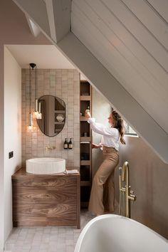 Bathroom Design Small, Bathroom Interior Design, Cosy Bathroom, Cabin Interiors, Bathroom Inspiration, Cozy House, Deco, Interior Architecture, Rum