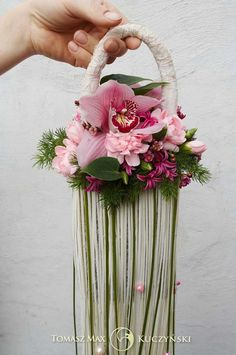 Floral pocketbook bouquet-