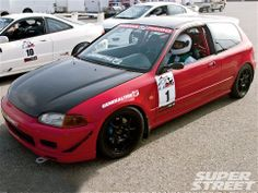 We found 7 daily-driven Hondas to test at the Autoclub Speedway in Fontana, CA. We asked pros Andy Hope and Jeremy Croiset to critique each of these cars and choose which one they thought was the best. Ek Hatch, Civic Eg, Honda Civic Hatchback, Import Cars, Jdm Cars, Diecast, Super Cars, Battle, Guns
