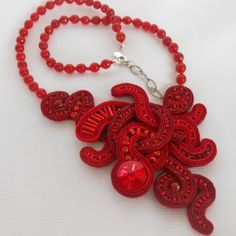 Soutache Necklace Red Passion Embroidery Jewelry, Hand Embroidery, Soutache Necklace, Fabric Art, Washer Necklace, Artisan, Jewels, Beads, Handmade