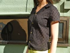 Summer blouse with hand-sewn buttonholes