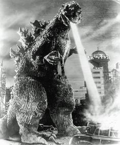 Godzilla: the monster with multiple personalities Horror Monsters, Cool Monsters, Classic Monsters, Old Posters, Japanese Monster, Very Scary, Vintage Horror, Creature Feature, King Kong