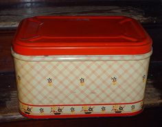 Hey, I found this really awesome Etsy listing at http://www.etsy.com/listing/111133916/vintage-red-and-yellow-tin-breadbox