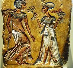 Tutankhamun and sister/wife Ankhesenamun.