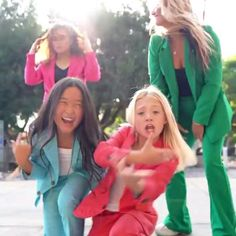Dance Choreography Videos, Dance Videos, Kids Dance Photography, Sav And Cole, Cole And Savannah, Everleigh Rose, Cool Dance Moves, Cute Cartoon Girl, Funny Videos For Kids
